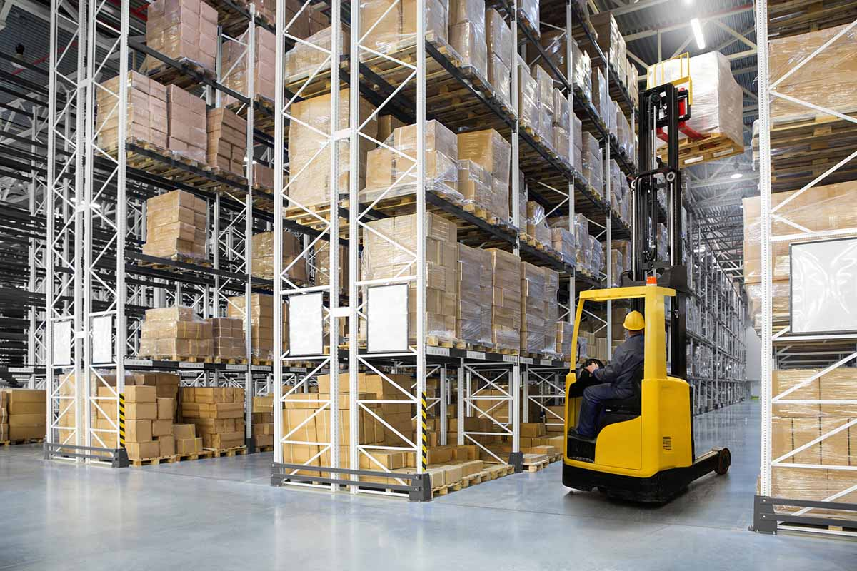 distribution center vs fulfillment warehouse